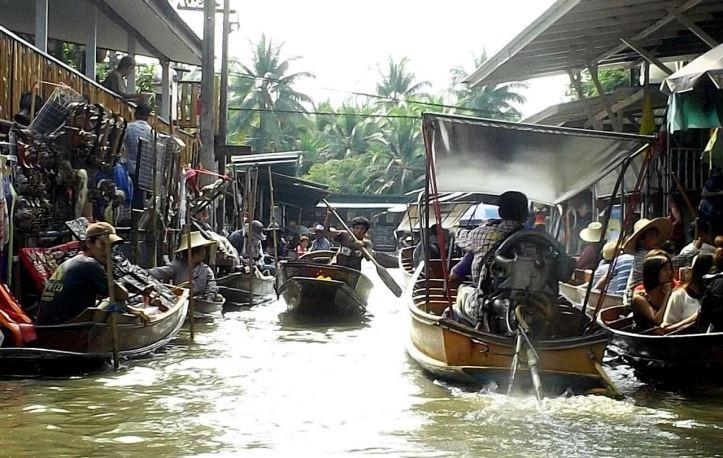 382 BANGKOK FLOATING MARKET RETOUCHER